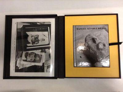 Pablo Ortíz-Monasterio, 'Libro Una tarde de 1989 con copia plata gelatina   '