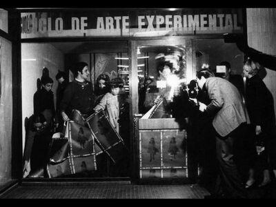 Graciela Carnevale, 'Encierro // Confinement', 1968