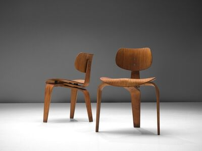 Egon Eiermann, 'Rare Egon Eiermann Pair of SE42 Plywood Chairs', ca. 1950