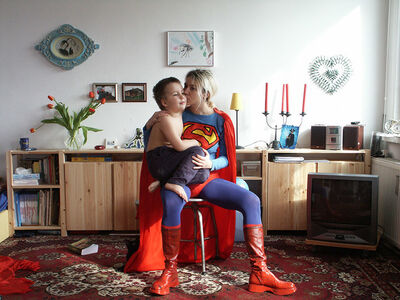 Elzbieta Jablonska, 'Supermatka [Supermother]', 2002