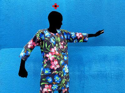 Saidou Dicko, 'Homme fleuri mur bleu act 1', 2021