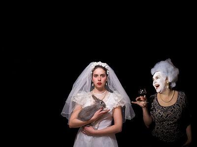 Ana Blanchard, 'Doña Carmen y su hija heredando matrimonio', 2007