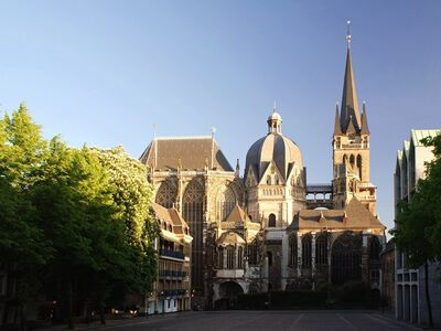 'Palace Chapel of Charlemagne (Cathedral of Aachen)', 792-805