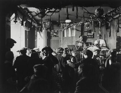 Brassaï, 'Le Bal des Quatre-Saisons (Bal des Quatre-Saisons)', ca. 1932