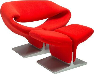 Pierre Paulin (1927-2009), 'Ribbon Chair 582 and Ottoman'