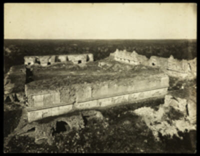 Claude Joseph Désiré Charnay, 'Uxmal, templo de las monjas', 1882