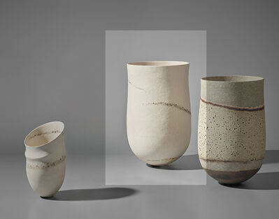 Jennifer Lee, ''Pale, granite traces' pot', 2004