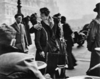 Robert Doisneau, 'Le Baiser de L'Hotel de Ville', 1954