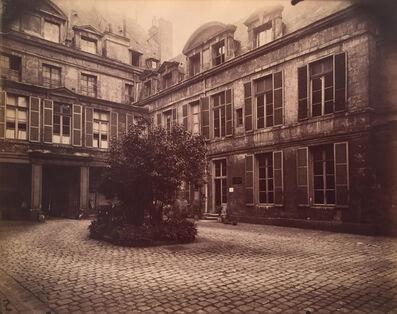 Eugène Atget, 'Hotel de Marechal de Chaulnes, Place de Vosges 9', 1911