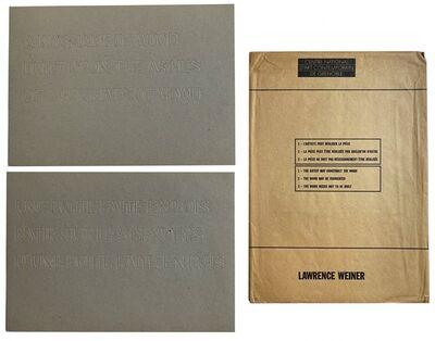 Lawrence Weiner, ' Une boite faite en bois batie sur les cendres d'une boite faite en bois. A box made of wood built upon the ashes of a box made of wood.', 1987