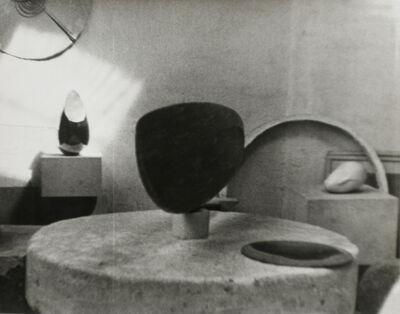 Constantin Brâncuși, 'Studio View (Vue d'atelier)', 1925
