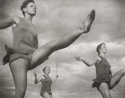 Leni Riefenstahl, 'Seilspringer', 1936