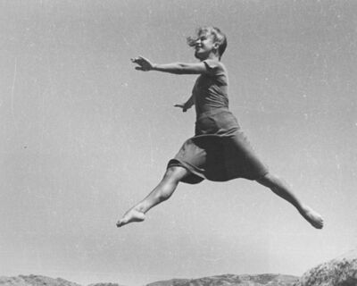 Ellen Auerbach, 'Renate Schottelius, Airwalk', 1946