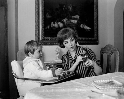 Pierluigi Praturlon, 'Gina Lollobrigida with her son Andrea Mirko Skofic'