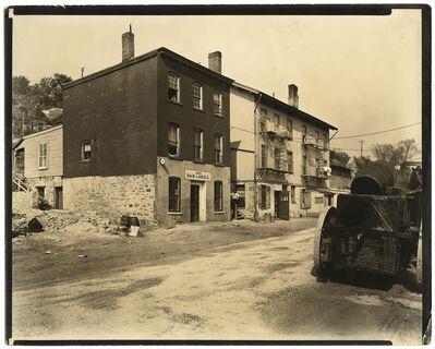 Berenice Abbott, 'Ewen Avenue, No. 2565. Spuyten Duyvil.', 1935