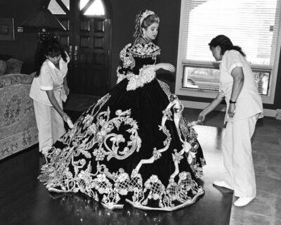 Laura Wilson, 'Debutante and her Maids, Laredo, Texas February 18, 1994'
