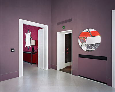 Lynne Cohen, 'Untitled (Circle Mirror - Mauve Wall)', 2011