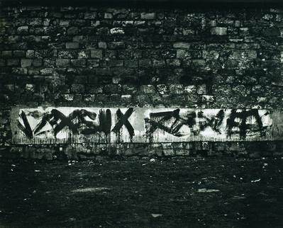 Brassaï, 'Graffiti de la série II, Le langage du mur', 1940