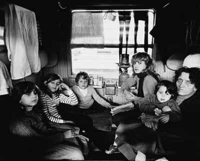 Mimmo Jodice, 'Napoli, Stazione Centrale, Binario 11, terremotati alloggiati in treno', 1980