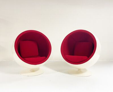 Eero Aarnio, 'The Ball Chair, Pair', 1960s