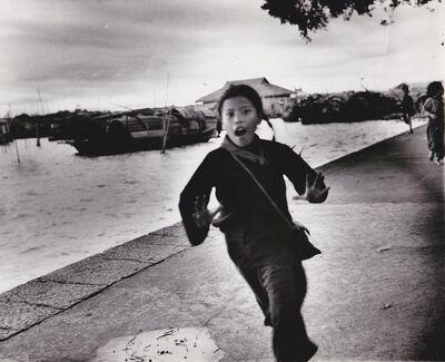Agnès Varda, 'Chine, fillette au quai de Canton', 1957