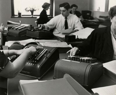 Esther Bubley, 'Standard Oil Company, Treasurer's Department, Rockefeller Plaza', 1940-1949