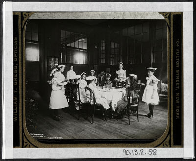 Jacob A. Riis, 'Waiting at table, vacation school', 1902