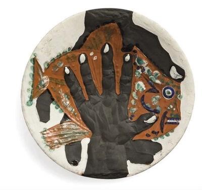 Pablo Picasso, 'Hands with fish (Mains au poisson)', 1953