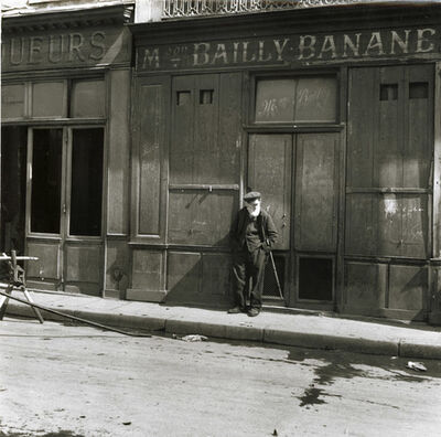 Fritz Henle, 'Old Man Waiting, Paris', 1938 / 1973