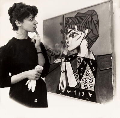 Weegee, 'Woman Viewing Picasso Painting at the Tate', 1960