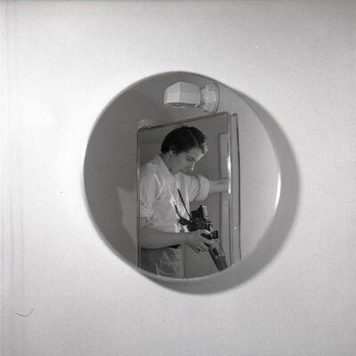 Vivian Maier, 'VM19XXW00179-MC - n.d., Self-Portrait Round Mirror', Printed 2017