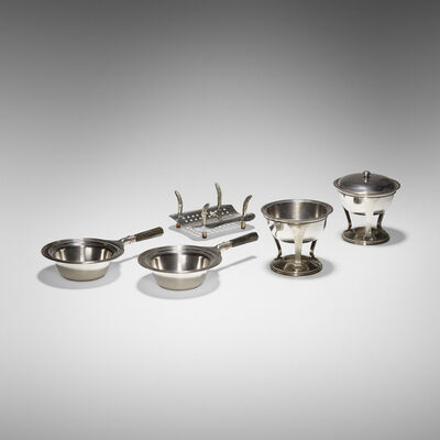 Maxim's de Paris, 'collection of five serving pieces'