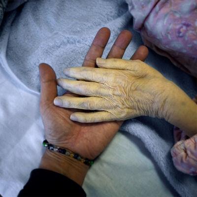 Osamu James Nakagawa, 'Hands'