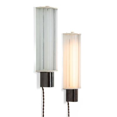 Poul Henningsen, 'A pair of Elongated wall lights', 1934