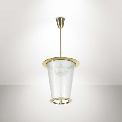 Attributed to Pietro Chiesa, 'A pendant lamp with a polished brass structure and glass diffusers', 1950 ca.