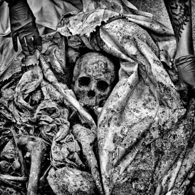 Matt Black, 'The remains of an unidentified migrant discovered in Brooks County, TX.', 2015