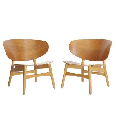 Hans Jørgensen Wegner, 'Pair of Shell chairs', 1948