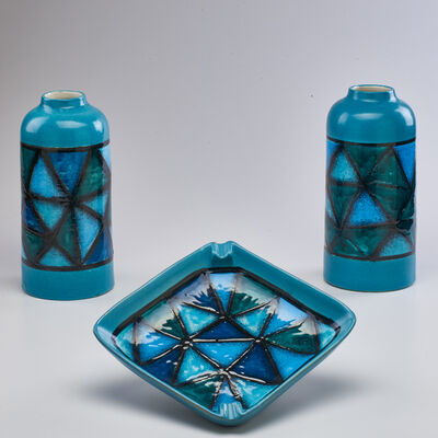 Raymor, 'Pair of vases with geometric design and matching ashtray', ca. 1960s