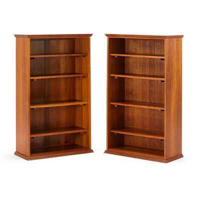 Thomas Moser, 'Pair of bookcases', 1995
