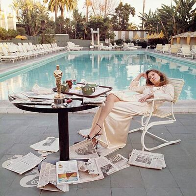 Terry O'Neill, ' Faye Dunaway at the Pool', 1977