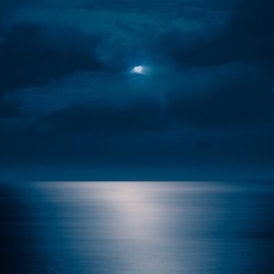 David Burdeny, 'Rising Moon, Maui, Hawaii', 2013