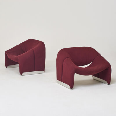 "Pierre Paulin, 'Pair of burgundy F598 ""Groovy""-chairs', 1970s"
