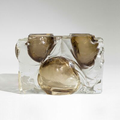Fulvio Bianconi, 'A large rectangular vase in thick blown glass with brown submerged bubbles', 1970 ca
