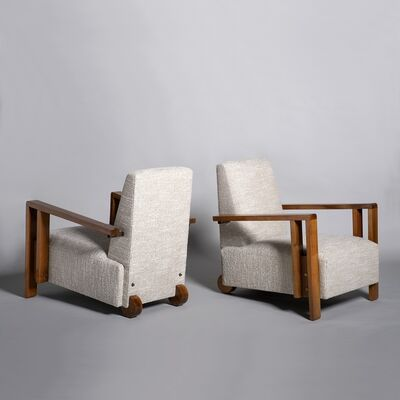 André Sornay, 'Pair of armchairs in walnut', ca. 1930