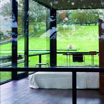 Lake Verea: Paparazza Moderna, installation view