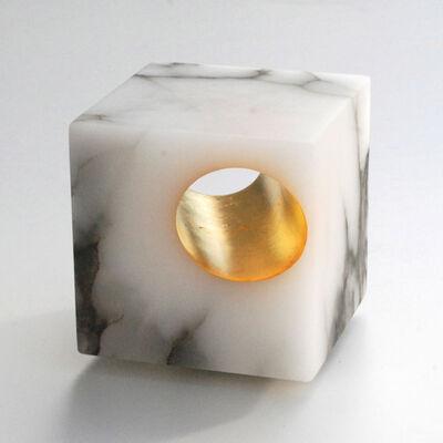 Maria-Carmen Perlingeiro, 'Cubo de ouro ', 2014