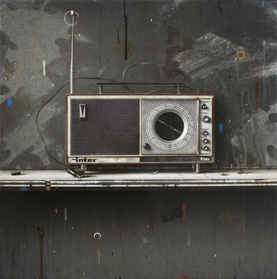 César Galicia, 'Bodegón con Radio Inter (Still Life with Radio Inter)', 2014