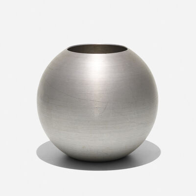 Russel Wright, 'Large Ball vase', c. 1932
