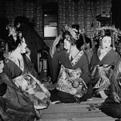Toshio Enomoto, '080-Hanaougi Dayu, Takasago Dayu and Kasuga Dayu (L-R)', 1983