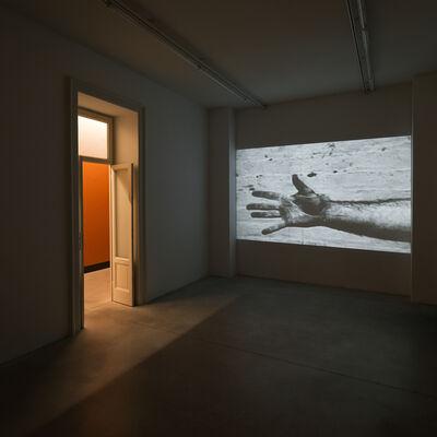 Richard Serra, 'Hand Catching Lead', 1968